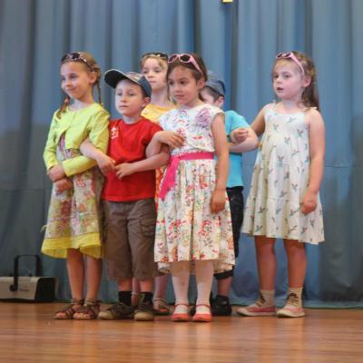 Danse des élèves de maternelle