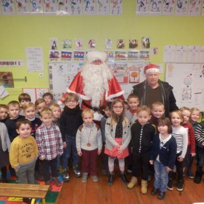 Le Père Noël avec Mr le Maire chez les MS/GS